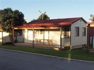 Albany Holiday Park Cabins and Chalets 3*