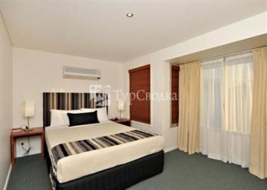 Comfort Inn and Suites Northgate Airport 4*