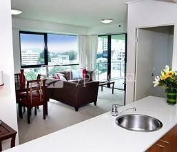 Quest Spring Hill Serviced Apartments 4*