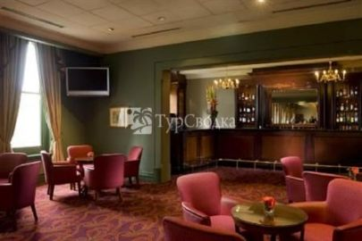 Treasury Hotel & Casino 5*