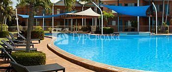 Moonlight Bay Suites 4*