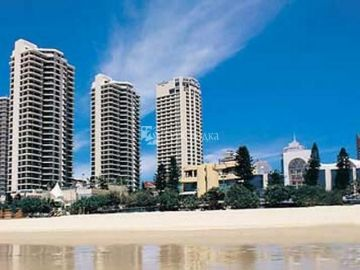 Courtyard Surfers Paradise Resort 4*
