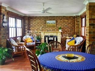 Riviera Bed and Breakfast Gold Coast 3*