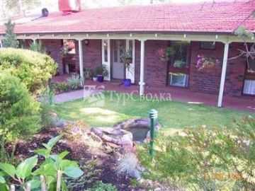 Falls Retreat Bed & Breakfast Perth 3*