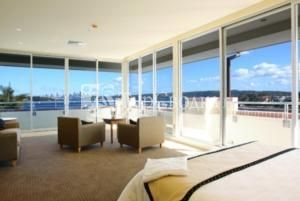 the watsons bay hotel service scape