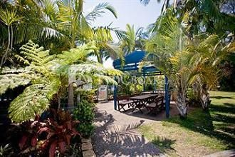 Tin Can Bay Motel 3*