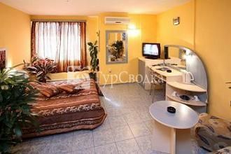 Hotel Color Varna 2*