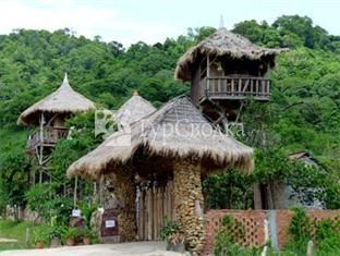 Tree Top Bungalows 2*
