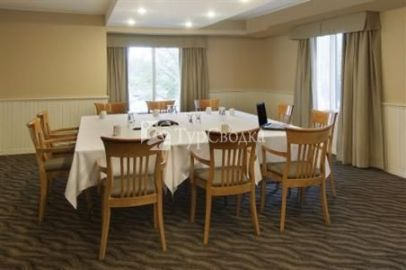 BEST WESTERN Royal Brock Hotel & Conference Centre 3*