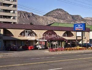 Howard Johnson Inn Kamloops Downtown 2*
