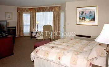 Riverland Inn & Suites 3*