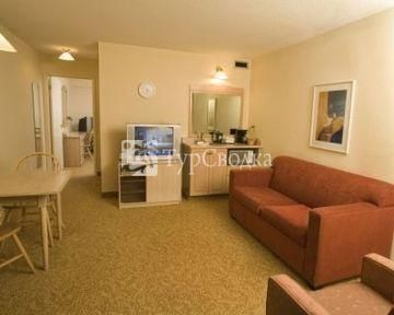 Country Inn & Suites Thompson 3*