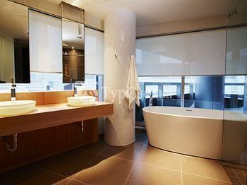 Hotel Le Germain Maple Leaf Square 4*