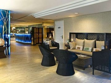 Regal Riverside Hotel 4*
