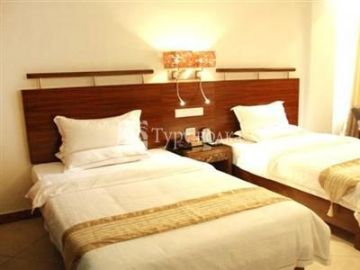 Golden Avenue Hotel 3*
