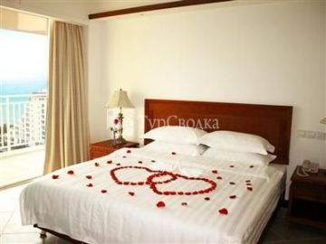 Haiyue Bay Holiday Hotel 4*