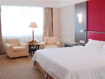 Riverside International Hotel 4*