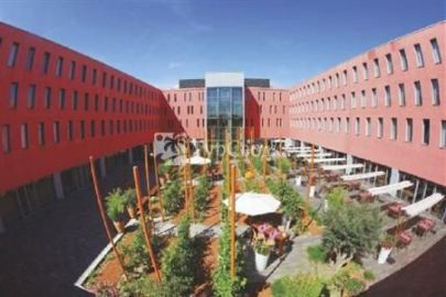 Radisson Blu Hotel, Toulouse Airport 4*