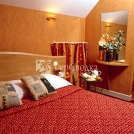BEST WESTERN Le Pont d'Or 3*