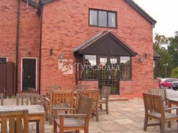 The Throckmorton Arms Bed and Breakfast Coughton Alcester 3*