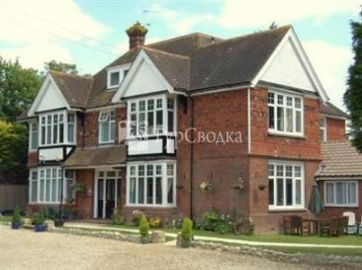 Downsview Guest House Ashford 4*