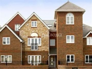 Spring House Apartments Basingstoke 3*
