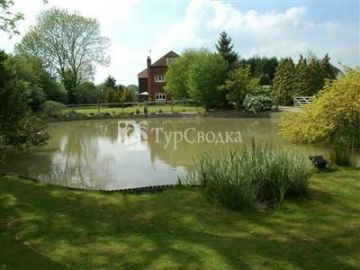 Barclay Farmhouse Bed & Breakfast Biddenden 5*