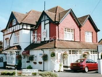 The Roselyn Hotel Bournemouth 3*