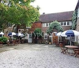 Howfield Manor Hotel Canterbury 3*