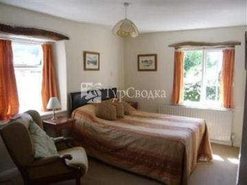 Twitchen Farm Bed & Breakfast Challacombe 4*