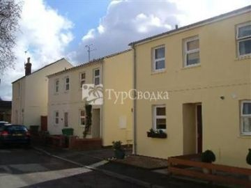 Serviced Townhouse Cheltenham 3*