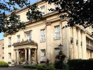 Willoughby House Hotel Cheltenham 3*