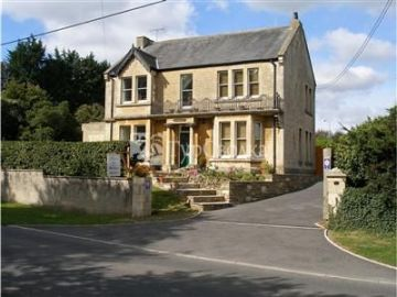 The Hollies Bed and Breakfast Corsham 4*