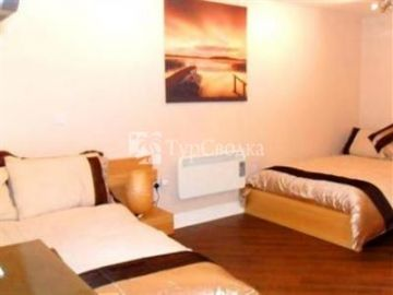 Junction Three Guest House Coventry 4*
