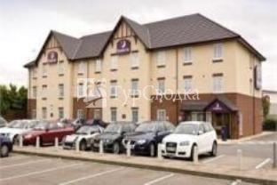 Premier Inn M6 J2 Coventry 3*