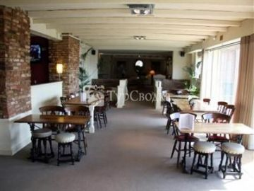 Windmill Village Hotel Coventry 4*