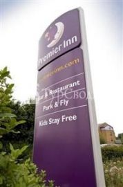 Premier Inn Gatwick Airport Central Crawley 3*