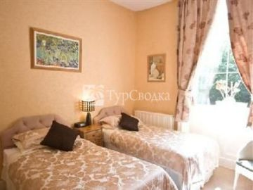 Pinfold Guest House Elland 3*