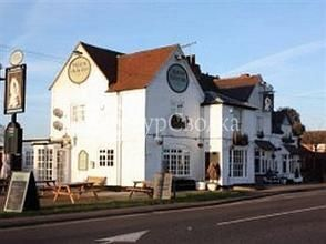The Queens Head Inn 2*