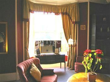 The Cluny Bank Hotel 4*