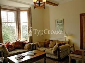 Brookside Villa B&B 4*