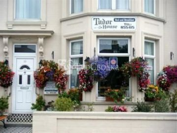 Tudor House Great Yarmouth 4*