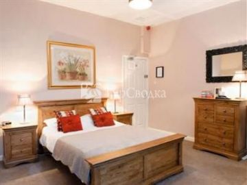 The Chequers Inn Hope Valley 4*