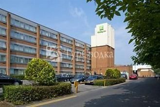 Holiday Inn Gatwick Airport 3*