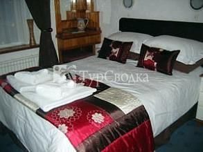 Hall Garth Guest House 4*