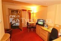 Suites Hotel Knowsley 4*