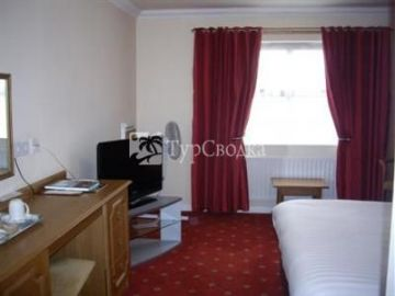 Corn Mill Lodge Hotel Leeds 3*