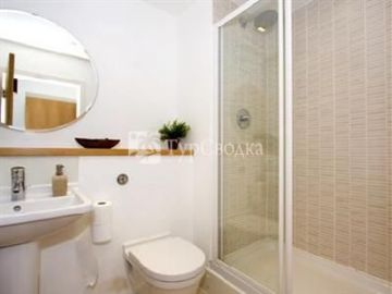 MoLi Collection Commercial Road London 4*