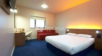 Travelodge Manchester Central Arena 2*
