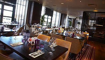 Village Hotel Newcastle Upon Tyne 3*